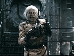 Кадр из фильма Армагеддон. Русский космонавт на орбитальной станции